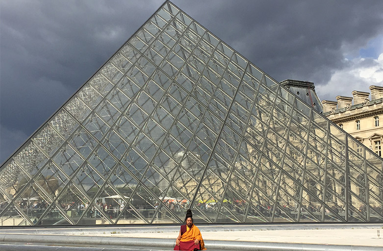 Khenpo Tashi Rinpoche est à Paris – 6 au 12 juillet 2018