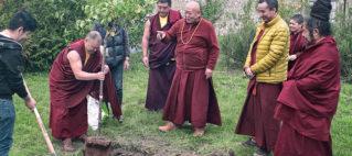Interview avec sa Sainteté Drikung Kyabgön Chetsang