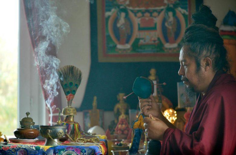 བླ་འགུགས། La Gouk Puja